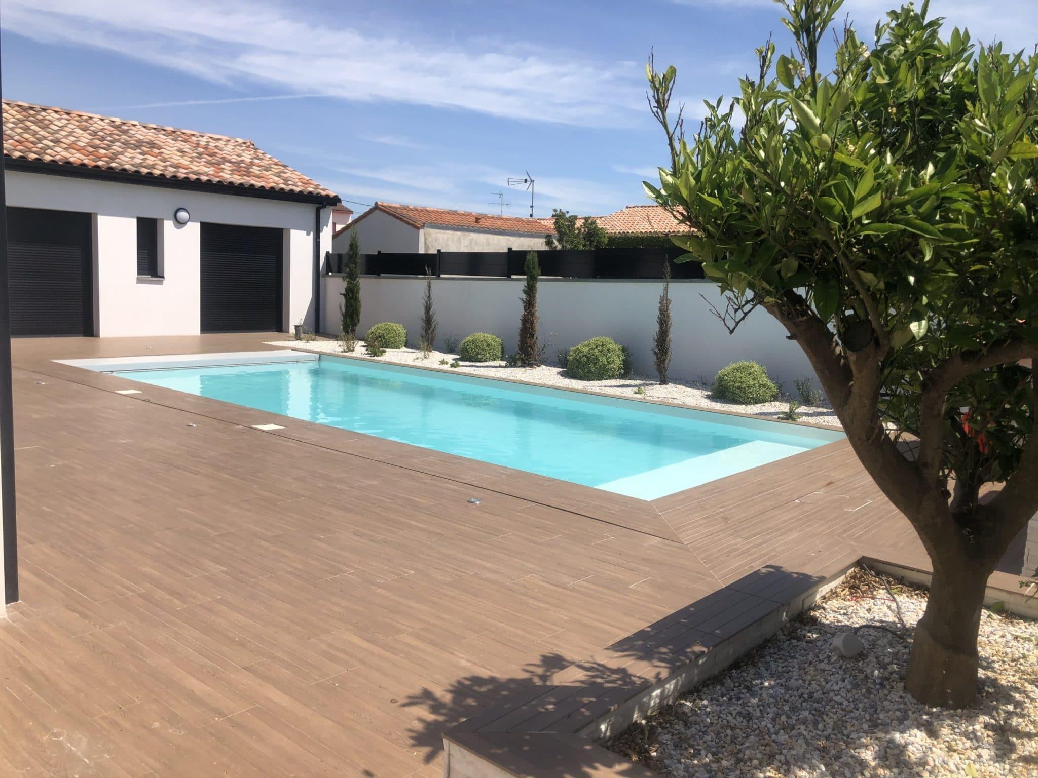 piscine traditionnelle sur mesure